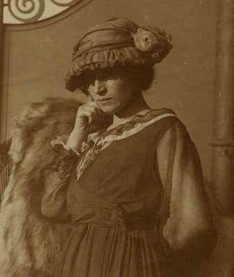 Sima portrait1