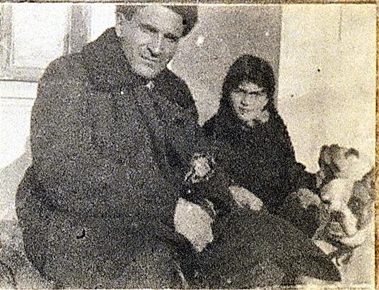 1927_Emma with Isaac2